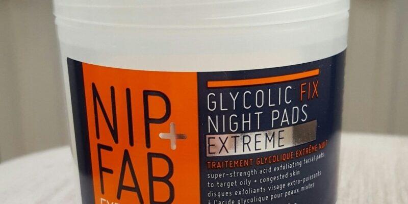 Best Exfoliators Scrubs for Oily Skin