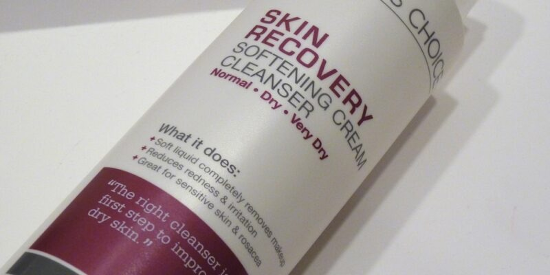 The Best Face Washes & Cleansers for Mature Skin (Anti Aging): Reviews & Guide