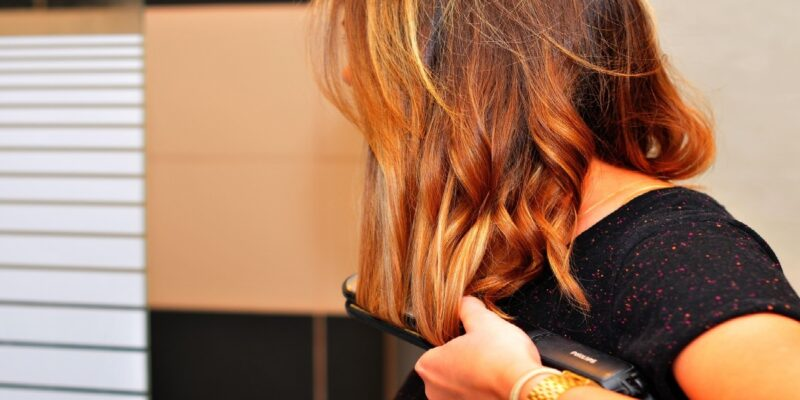 Best Flat Irons for Thick Hair: Top Straightener Reviews